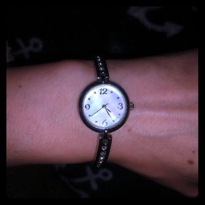 Ladies delicate stainless steel watch